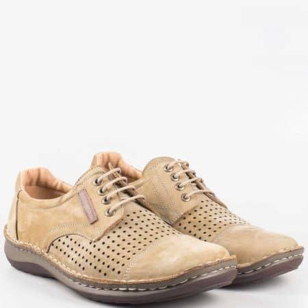 Мъжки комфортни обувки изработени от 100% естествени материали - набук и кожа на Loretta в бежово l1858nbj