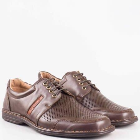 Ортопедични мъжки обувки в кафяв цвят с връзки- - Arbitro от естествена кожа с лазерна перфорация l1887kk