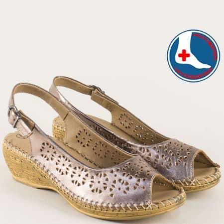 Дамски сандали на клин ходило от естествена кожа в бронзов цвят l52630brz