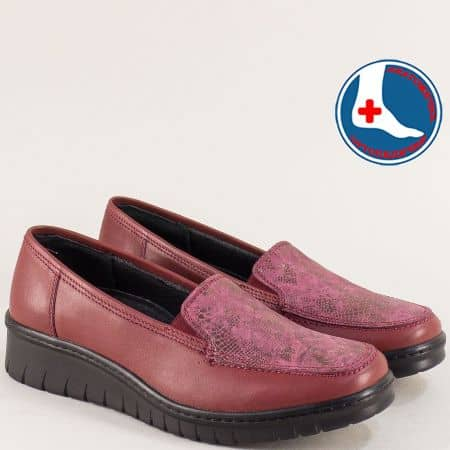 Кожени дамски обувки, тип мокасини в бордо- LORETTA l5487bd