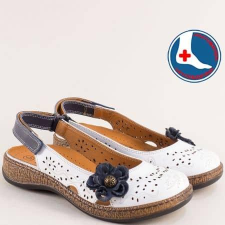 Бели дамски сандали Loretta с перфорация и анатомична стелка l5555b