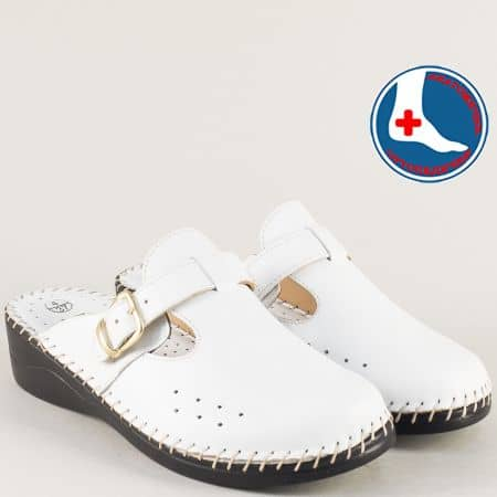 Бяло дамско сабо от естествена кожа на марка Loretta l5575bb