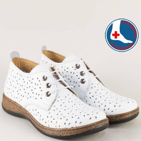 Бели дамски обувки с кожена ортопедична стелка- Loretta  l5752b