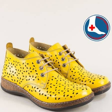 Жълти дамски обувки с лазерна перфорация- LORETTA l5752j