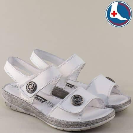 Бели дамски сандали от естествена кожа на шито ходило l6044b