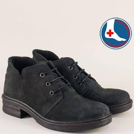 Дамски обувки от естествен набук в черно с анатомична сттелка l613859nch