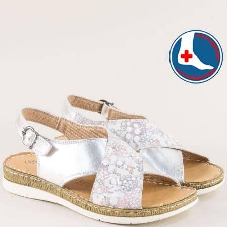 Ортопедични дамски сандали в сребро на шито ходило l6441srps
