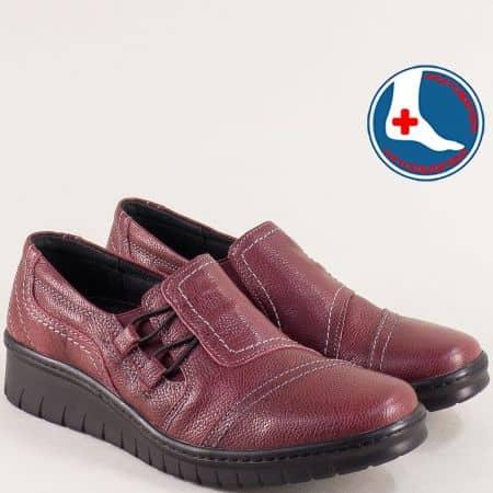 Ортопедични дамски обувки от естествена кожа в бордо l6487bd