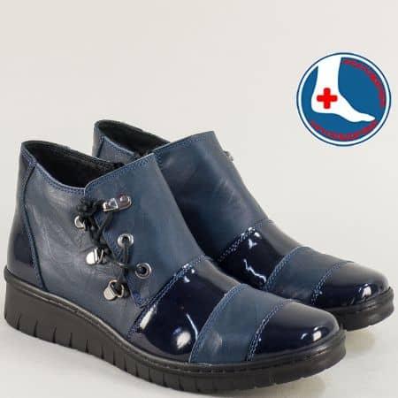 Кобалтово сини дамски боти от естествена кожа и лак l6550s