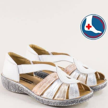 Бели дамски сандали със затворена пета от кожа Loretta l6657bps