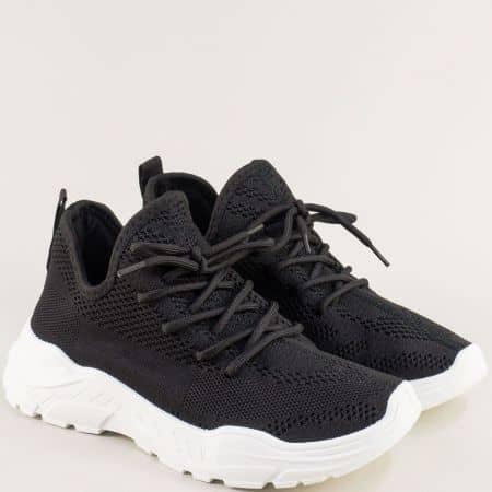Черни дамски спортни обувки с връзки на бяло ходило l8052-40ch