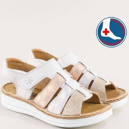 Кожени дамски сандали в бежово и бяло- LORETTA l855464bps