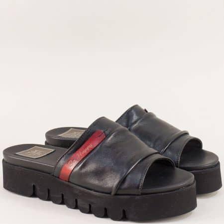 Дамски чехли на платформа с кожена стелка в черен цвят m029ch