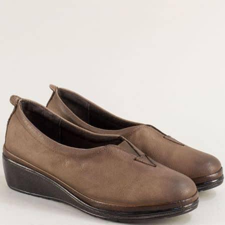 Кафяви дамски обувки на клин ходило от естествена кожа m067k