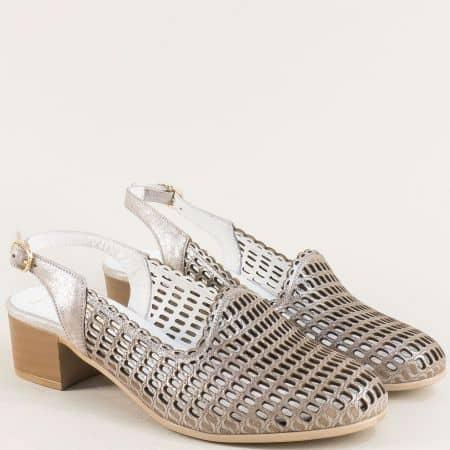Дамски сандали със затворени пръсти в бежов цвят m085sbj
