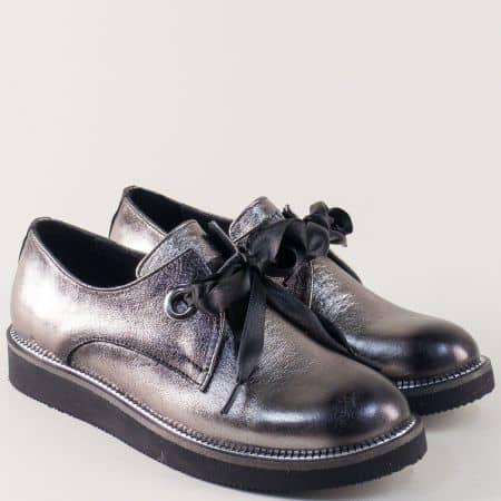 Сребристи дамски обувки на равно ходило с връзки от естествена кожа m096brz