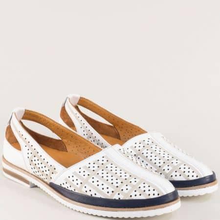 Кожени дамски обувки в бяло и сеньо с перфорация m1060bs