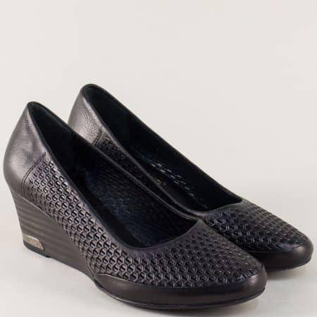 Черни дамски обувки от естествена кожа с перфорация на клин ходило m10ch