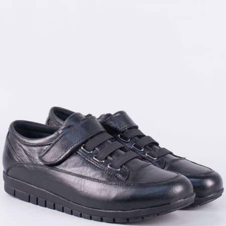 Практични дамски обувки от черна естествена кожа с лепка- равни m15001ch