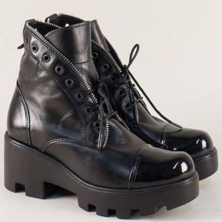 Черни дамски боти на платформа от естествен лак и кожа m1542ch