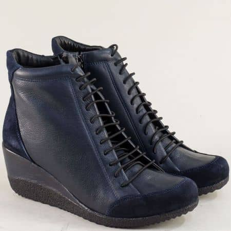 Тъмно сини дамски боти от естествен велур и кожа m1708s