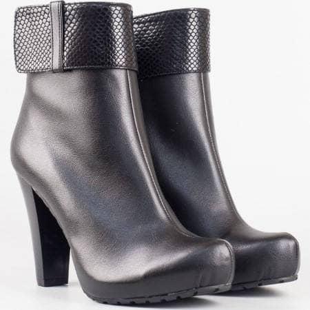 Дамски стилни боти на висок стабилен ток в черен цвят m18ich