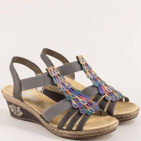 Тъмно кафяви дамски сандали на клин ходило- Rieker m2426k