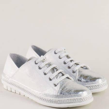 Спортни дамски обувки от естествена кожа в бяло и сребро m305bsr