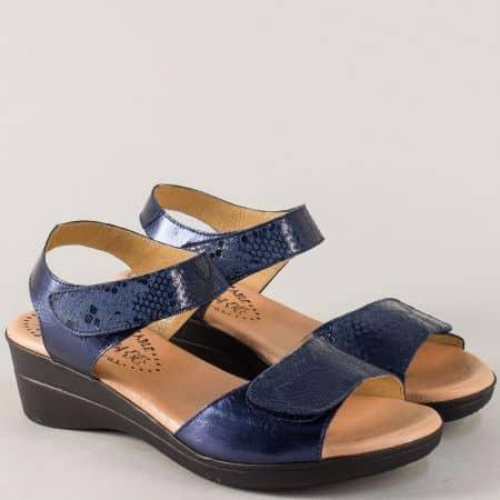 Сини дамски сандали с две лепки от естествена кожа m3321s
