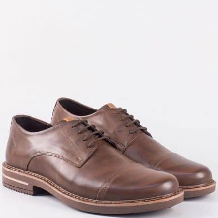 Мъжки ежедневни обувки с връзки от кафява естествена кожа- шити m5045kk