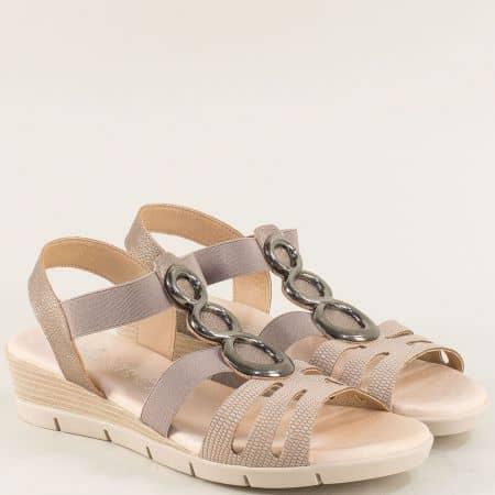 Бежови дамски сандали на клин ходило от естествена кожа m5062bj