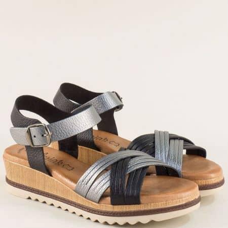 Кожени дамски сандали на клин ходило в сребро и черно m5100ch