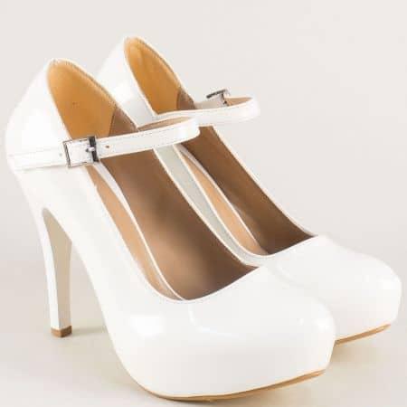 Бели дамски обувки на скрита платформа и висок ток n520lb