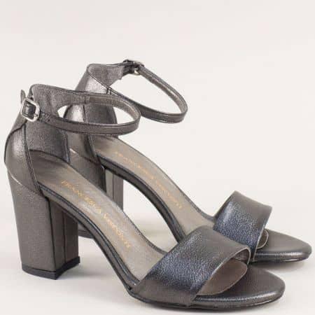 Бронзови дамски сандали със затворена пета и висок ток m546sbrz
