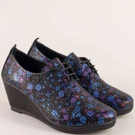Дамски обувки с връзки в лилаво, синьо, червено и черно m555sps