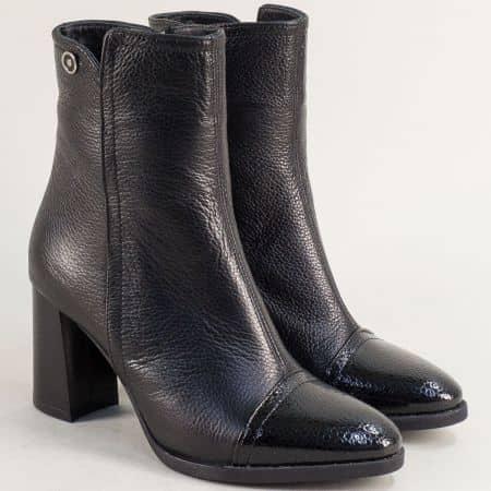 Черни дамски боти от естествен лак и кожа на висок ток m618ch