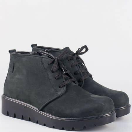 Черни дамски обувки от естествен набук на платформа с връзки m632nch