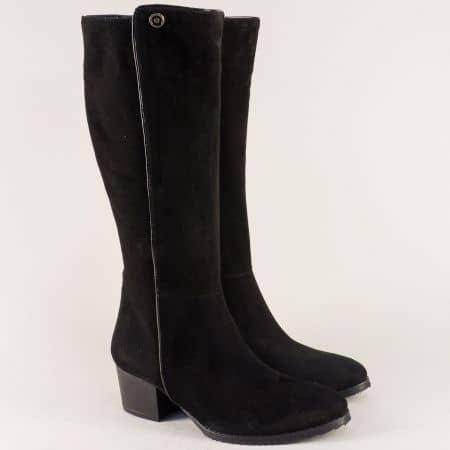 Велурени дамски ботуши в черен цвят на среден ток  m649vch