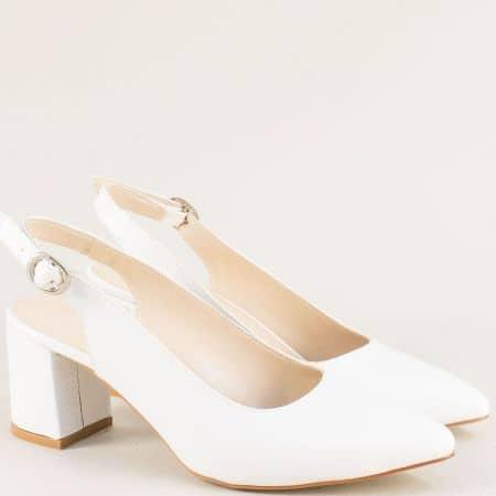Бели дамски обувки с отворена пета и заострен връх ma698lb