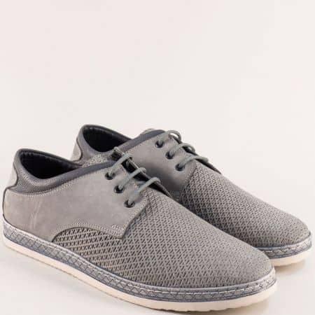 Мъжки обувки с връзки от естествен набук в сив цвят m76nsv