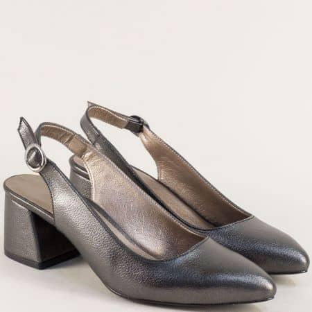Бронзови елегантни дамски обувки на среден ток  m798sbrz