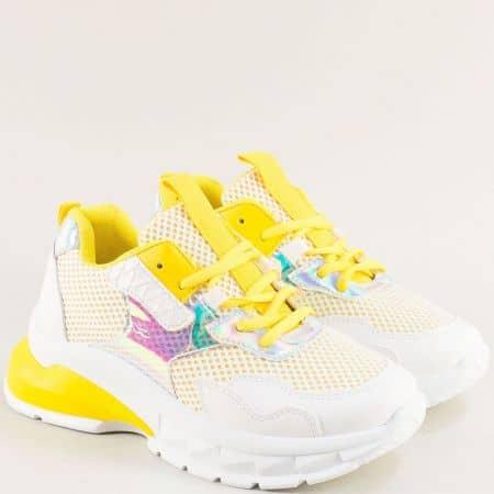 Дамски маратонки на платформа в бяло и жълто m8030j