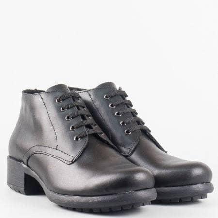 Дамски удобни боти от 100% естествена кожа с връзки на водещ български производител в черен цвят m822ch