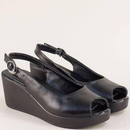 Кожени дамски сандали в черен цвят на платформа m923ch
