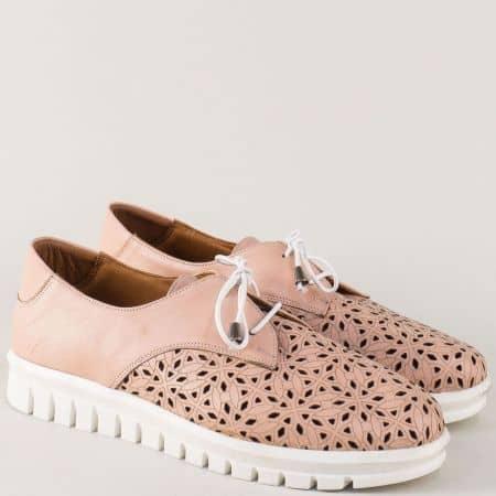 Кожени дамски обувки с перфорация в розов цвят m932rz
