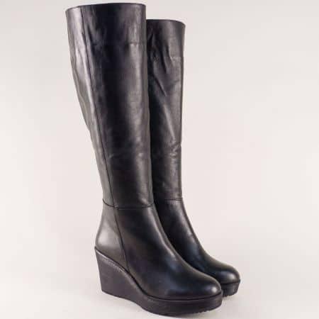 Дамски ботуши на клин ходило от естествена кожа в черно  ma207ch