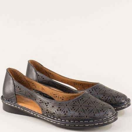 Дамски обувки с прорези и перфорация в черен цвят ma300ch