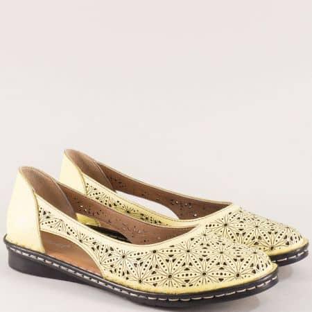 Перфорирани дамски обувки с кожена стелка в жълто ma300j