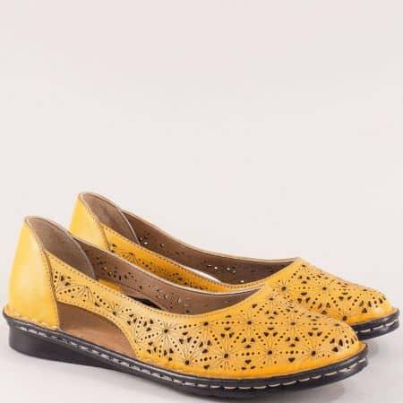 Оранжеви дамски обувки с прорези и перфорация ma300o