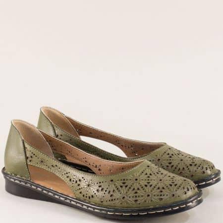 Кожени дамски обувки с лазерна перфорация в зелено ma300z